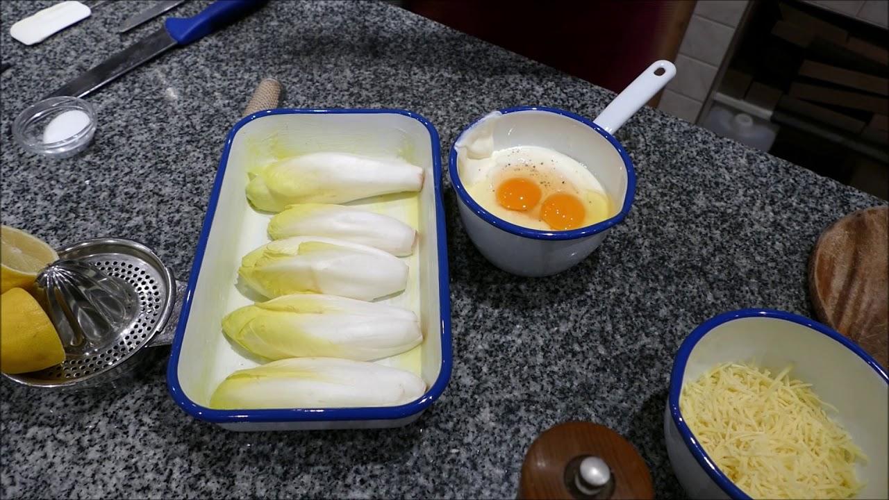 Aus der Schlierseer Kräuterküche Heimisches Wintergemüse aus der DunkelkammerChicorée Auflauf