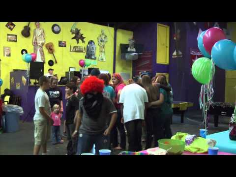 HARLEM SHAKE TEENAGE BIRTHDAY PARTY