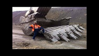 Dangerous Idiots Extreme Heavy Equipment Excavator Fastest Driver Operator & Fails Skill
