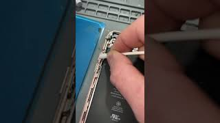 Lazy techs are my biggest pet peeve #shorts #quality #iphonerepair #teletouch