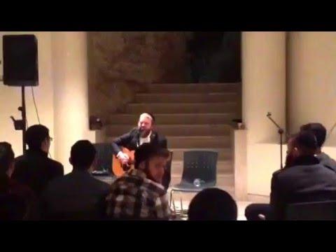 Rosh Jodesh Adar en Aish HaTorah Yeshiva
