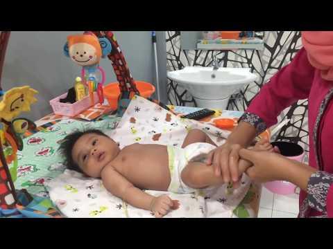 How to massage baby-SPA 1 month (cara Pijat urut bayi usia 1 bulan)
