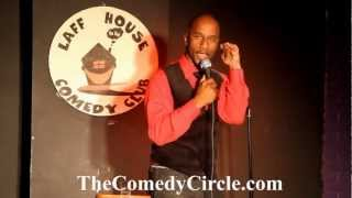 Damon Williams Performs at The Laff House - TheComedyCircle.com