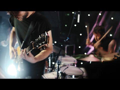 Astairre – Ich hasse meine Freunde (Official Video)