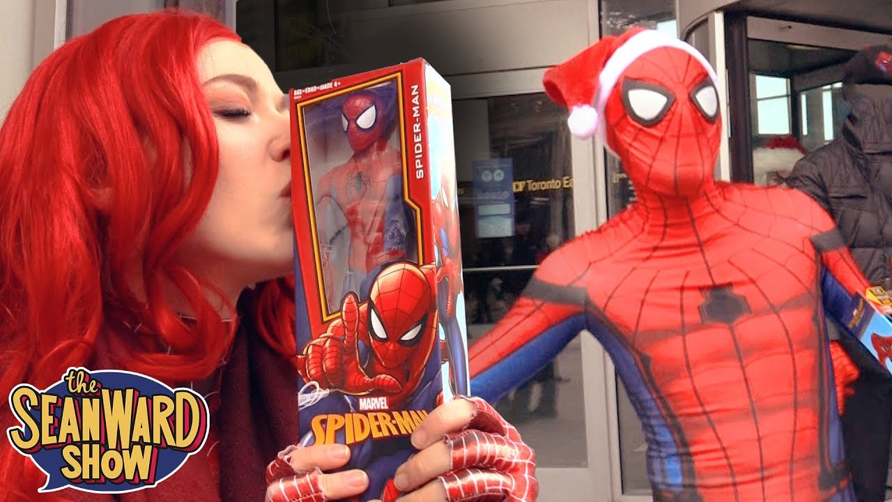 Spider-Man: SPIDER-VERSE CHRISTMAS FLASH MOB!!! Giving Gifts Prank ...