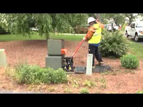 Maintaining underground power lines