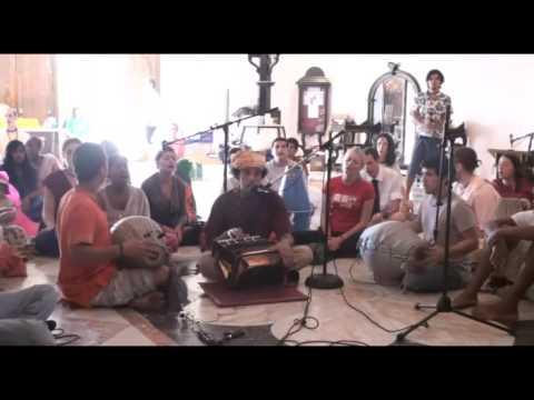 Bhajan - KulimeLA Day 3 - Abhay Clayton das (1/6)