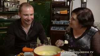 "How To Make Fondue At ""pain Vin Fromages"" In Paris"