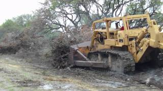 BIG D9G Bulldozer Working