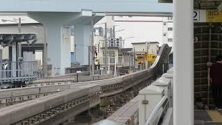 東京モノレール10000形10041F 昭和島駅通過
