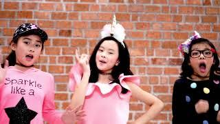"Teaser Single Terbaru Clarice Cutie & Estelle Featuring Marcha Sharapova ""Don't Worry Be Happy"""