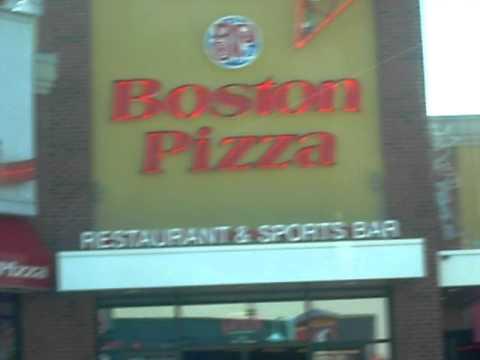 Boston Pizza And  Rides At  Niagara Falls Ontario, Canada #47
