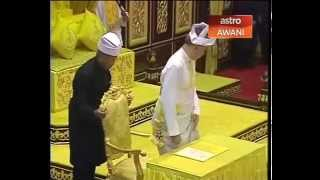 Raja Dr. Nazrin Shah, proclaimed the new Sultan of Perak