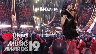 I went to the iHeartRadio Music Awards 2019