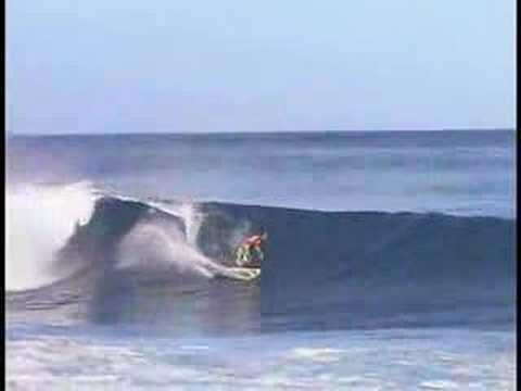 Best surf spots in the world : Hawaii 1/2