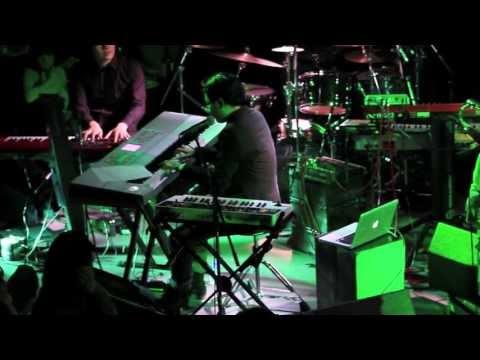 Makoto Live - Right Here (Human Nature Remix) - Live at Motion Blue