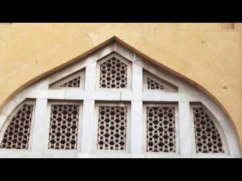 A visit to Qutb-ud-Din Aibak's tomb in Anarkali Bazar Lahore