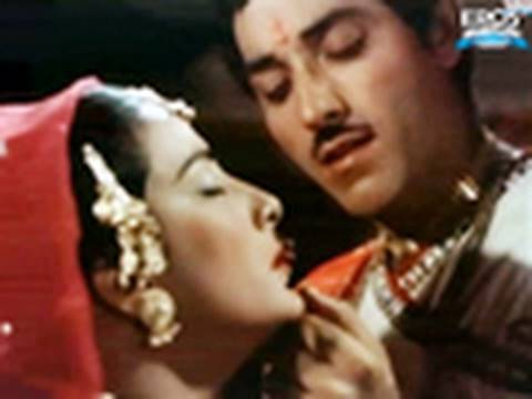 Pi Ke Ghar Aaj Pyari Dulhaniya Chali (Video song ) - Mother India