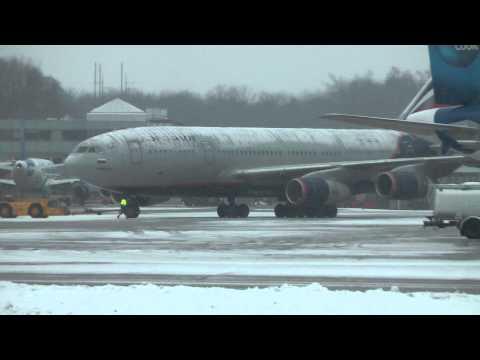 Aeroflot - Russian Airlines Ilyushin Il-96-300 takeoff Salzburg Airport (SZG/LOWS) HD
