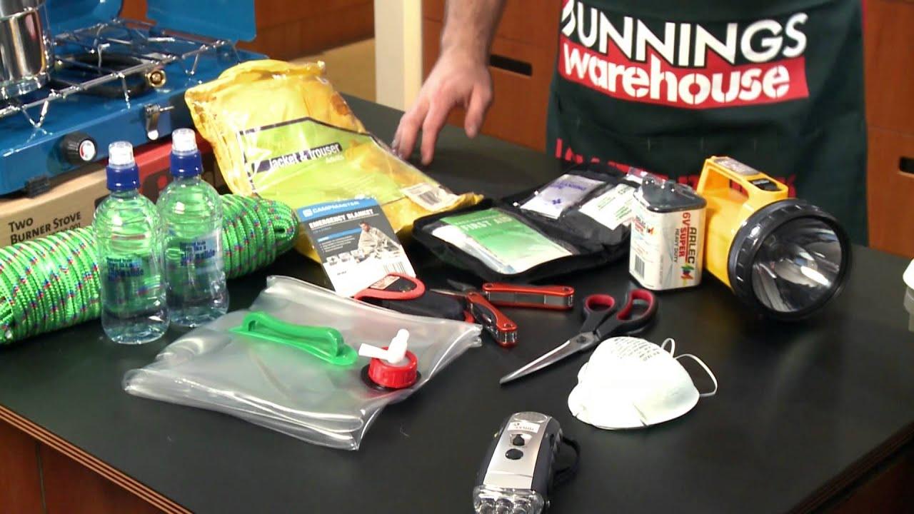 How To Prepare An Earthquake Kit - DIY