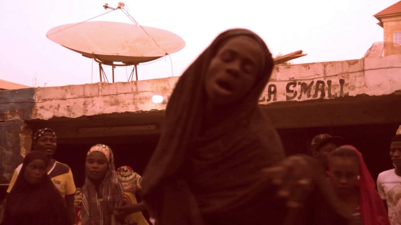 Download ZANGINA WAKA  ADO GWANJA & SULAIMAN BOSHO (Hausa Films & Music)