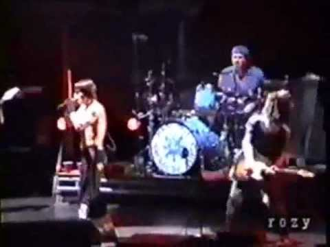 Red Hot Chili Peppers - Time - Live in Osaka, Japan (2002)