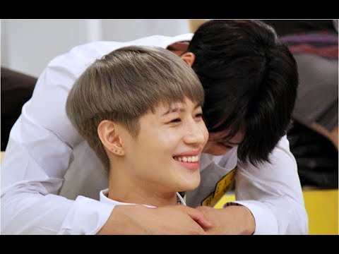 "170824 TaeKai (Taemin, Kai) Happy Together ""Summer Special - Star Golden Bell"" (KaiTaem)"