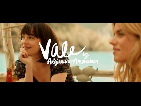 Vale, with Dakota Johnson and Quim Gutiérrez, directed by Alejandro Amenábar. Estrella Damm.