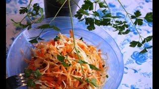 Быстрый ,недорогой,полезный и вкусный салат из квашеной капусты