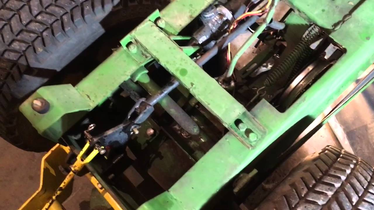 john deere 112 belt replacement [ 1280 x 720 Pixel ]