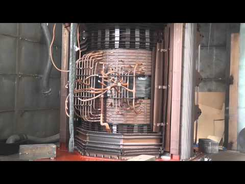 Lifting the bell tank of a large power transformer