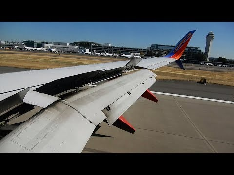 Boeing 737 Landing at PDX - Portland International Airport - Southwest Airlines