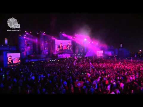 TomorrowWorld 2013 | Dimitri Vegas & Like Mike Part 1