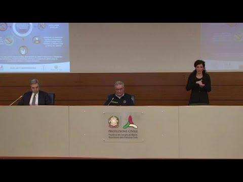 Coronavirus, Borrelli (Protezione civile): 'In un giorno 3815 nuovi positivi e 756 morti'