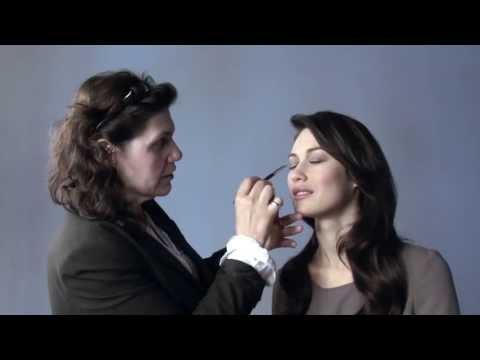 Interview with an actress Olga Kurylenko (007 Quantum of Solace)