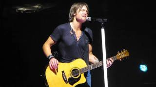 "Keith Urban ""Tonight I Wanna Cry"" Live @ The Wells Fargo Center"