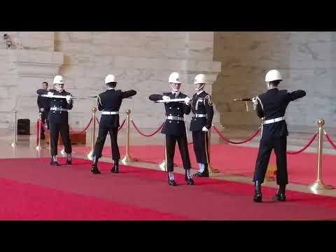 20180222中正紀念堂海軍儀隊交接及降旗(禮兵長退伍前最後2哨)