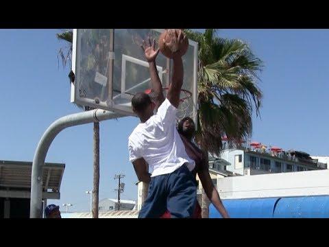 $100 DunkCam Challenge with Chris Staples at Venice Beach (Via Dunkademics)