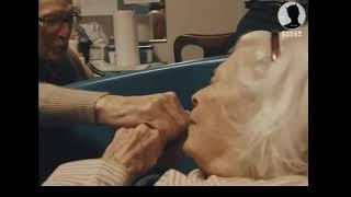 Anh đã yêu em được 80 năm rồi đấy, Em yêu !!!