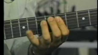 Passing Tone and Chord Tones explained bobferrymusic.com