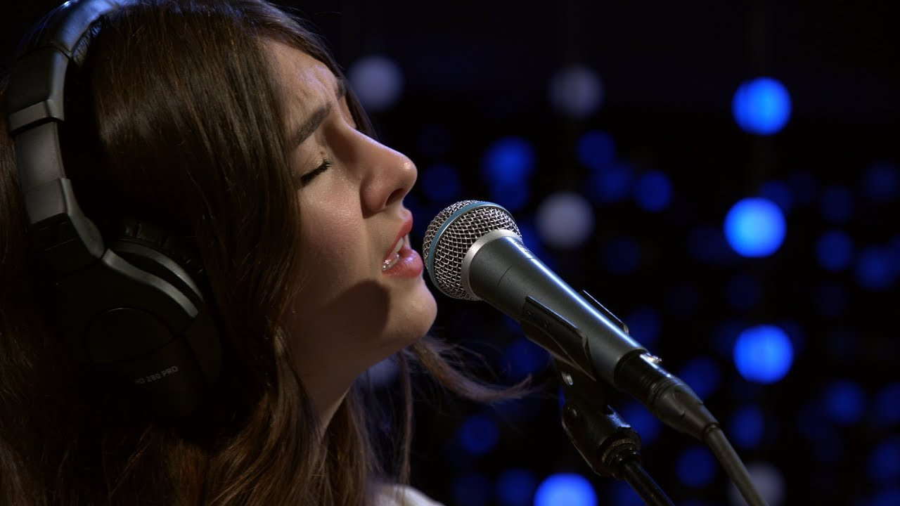 Weyes Blood - Something To Believe (Live on KEXP)