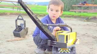 Construction for Kids: Toy Trucks Playing Digging in Mud: Bruder JCB Backhoe, Tonka Dump Bulldozer
