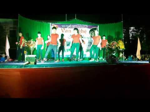 Nhảy hiện đại 26-3 lớp 12a5 trường THPT Nguyễn Hồng Đạo
