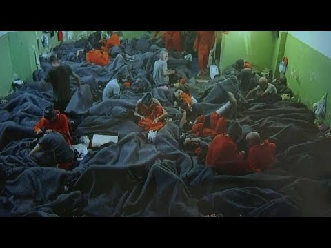 شاهد: بين الزنزانات المكتظة والروائح الكريهة... جولة في سجن داعش في سوريا…  - نشر قبل 1 ساعة