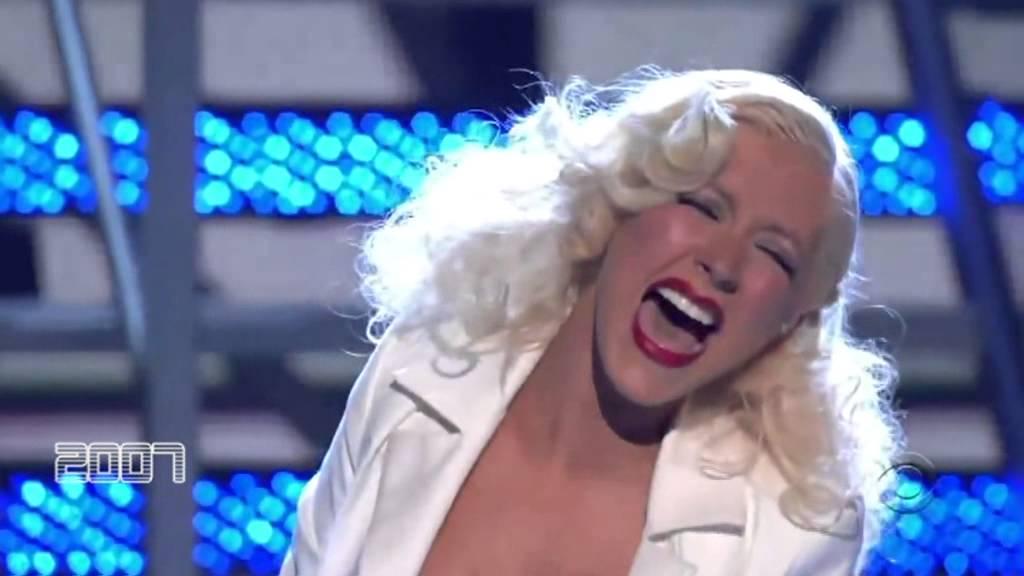 "Vocal Morph 4 - Christina Aguilera Belt ""E5"" (1993-2012) - YouTube"