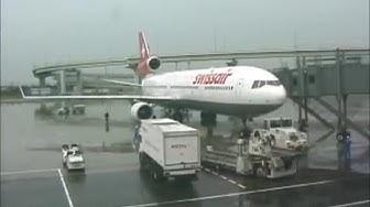 THE SIGHT & THE SOUND 1/7 : Swissair MD-11 HB-IWQ cockpit documentary from Osaka (KIX) to Zurich