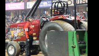 National Farm Machinery Show  Tractor Pulls 2014