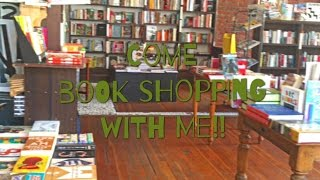 Vlog: Come book shopping with me!! || LindaReads