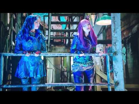 Evie and Mal- Deleted scene 'Space Between'