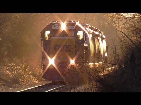 [1r] Local CSX Train Y111-16 Switching Athena Industrial Park, Athens GA, 01/16/2016 ©mbmars01